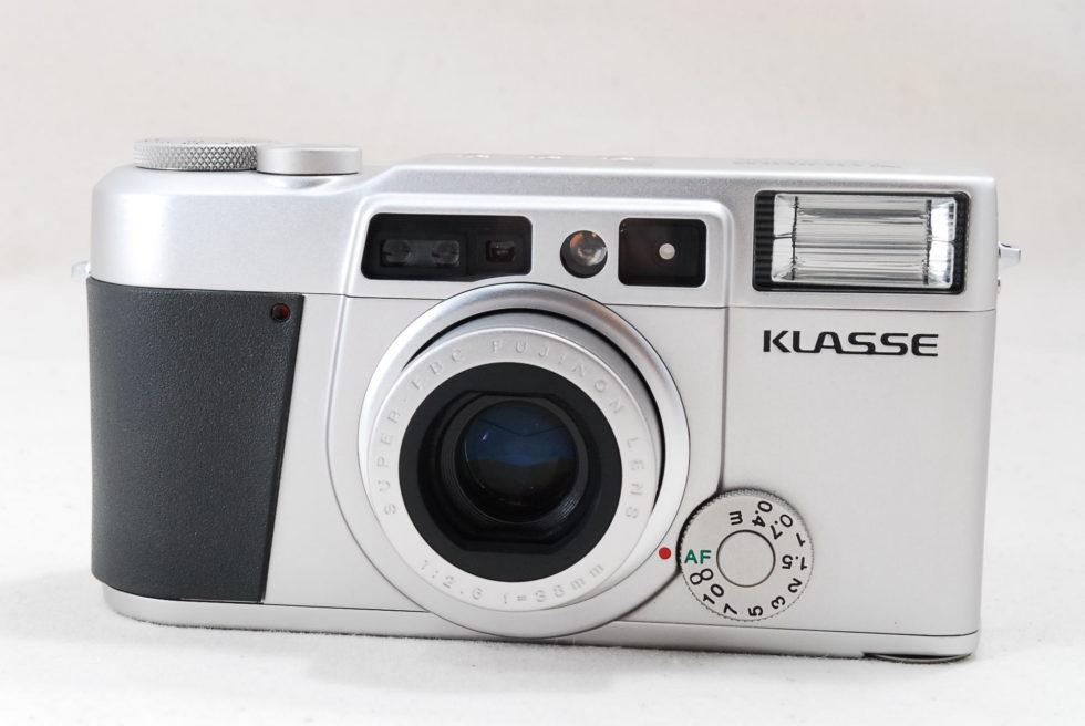 Fujifilm Klasse 35mm Point & Shoot Film Camera Silver w/ Box [Rare Top Mint]